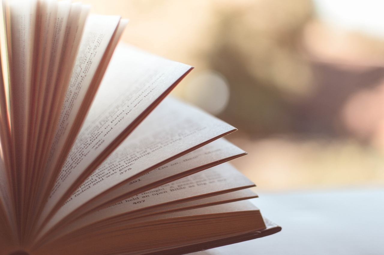 Szeroki wybór książek religijnych